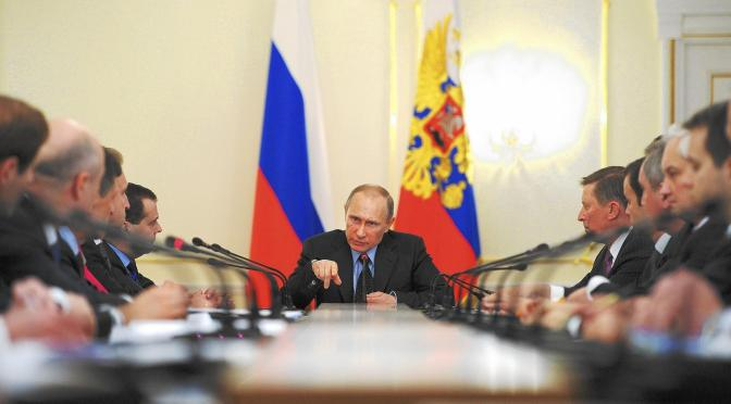 Mark Collins – Crimea: Russia Looking for Excuse to Really Go at Ukraine?