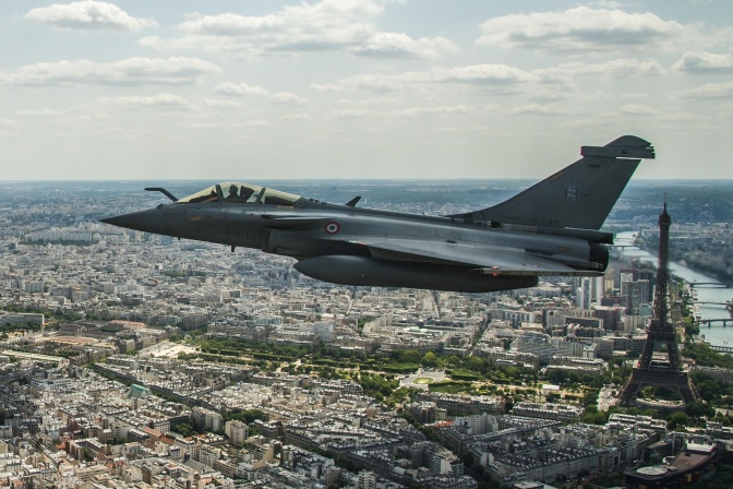 Mark Collins – En Flipping Fin: India Signs to buy 36 French Rafale Fighters
